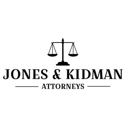 Logotipo de abogado con balanza de justicia - Empresa & Consultantes Logotipo